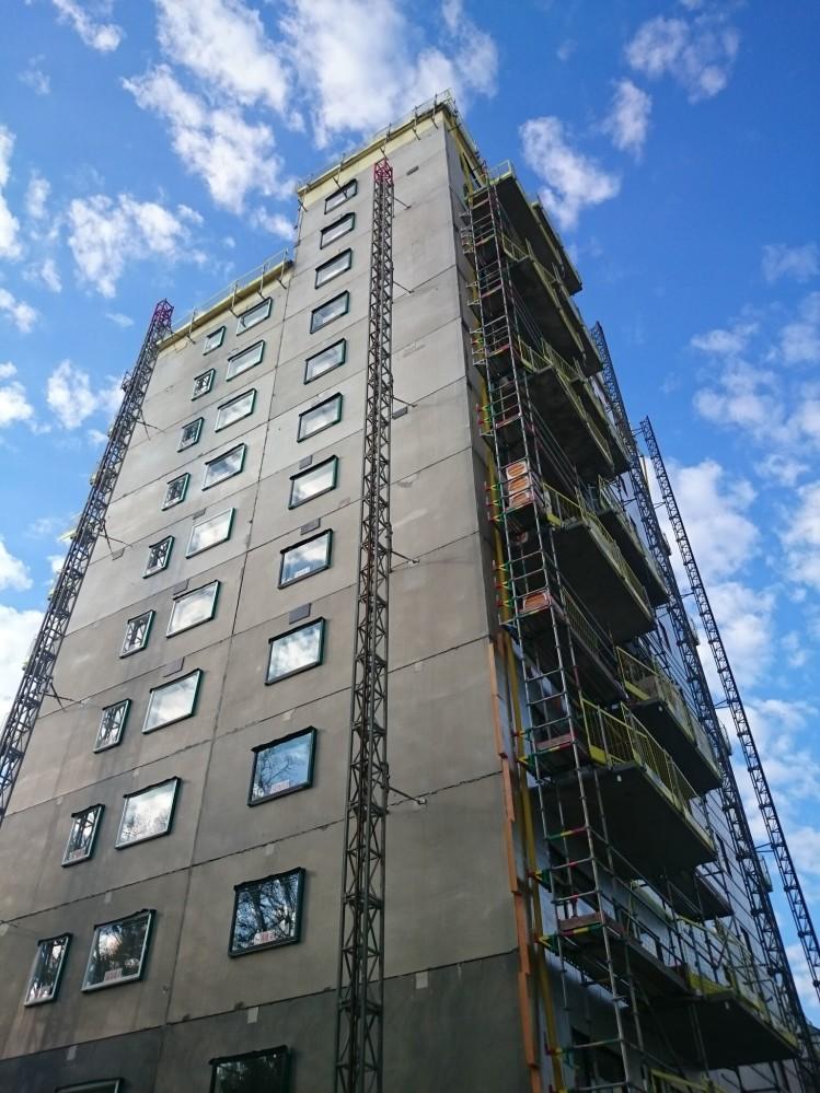 Installation of facade cladding